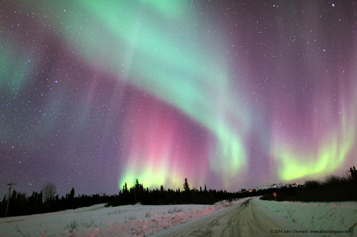 "This Amazing Alaskan Aurora ""The Northern Lights"" turned the snow Purple, Green and Red!"